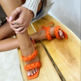 KNITTED THIN HEEL SANDALS - ORANGE