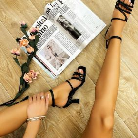 THIN HEEL SANDALS WITH BELTS - BLACK