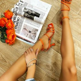 THIN HEEL SANDALS WITH BELTS - ORANGE