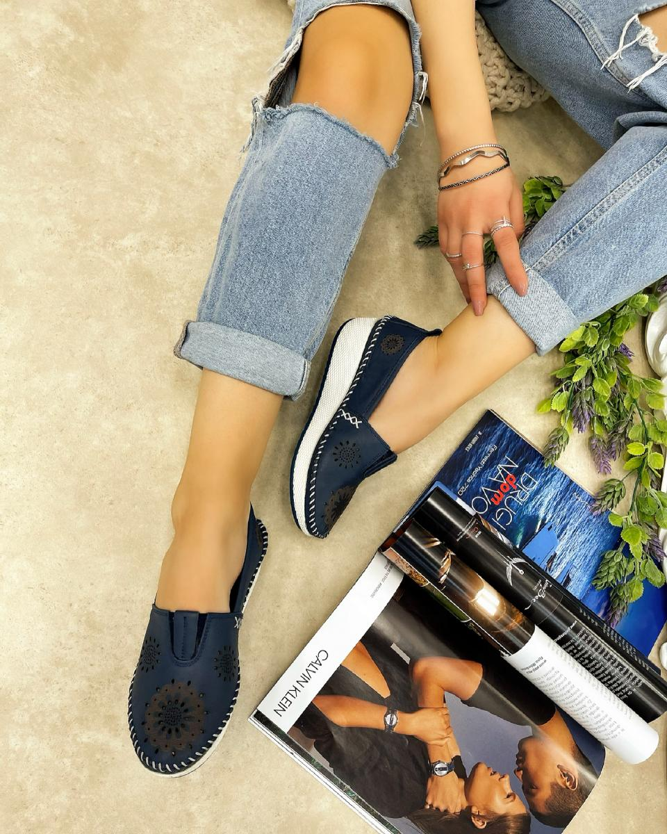 LEATHER HOLLOW FLATS - BLUE