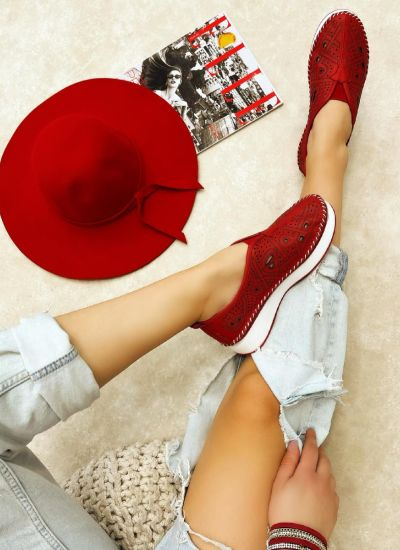 Flat leather shoes REGINA - RED