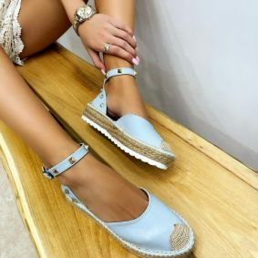 JUTA SANDALS WITH RIVETS - BLUE