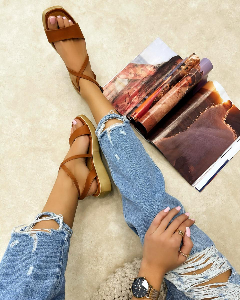 HIGH SOLE SANDALS - CAMEL