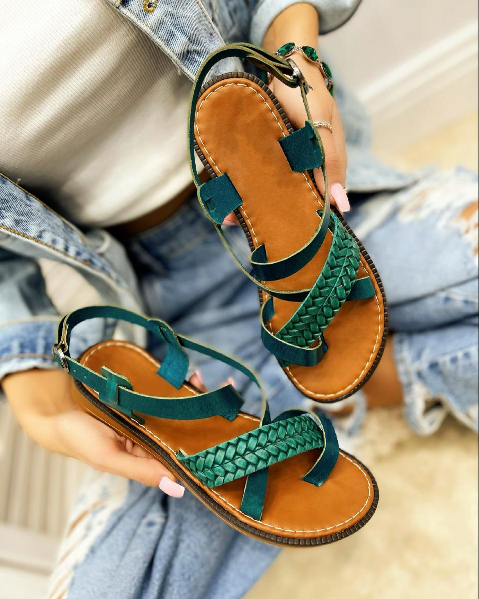 LEATHER FLAT KNITTED TOE LOOP SANDALS  - GREEN