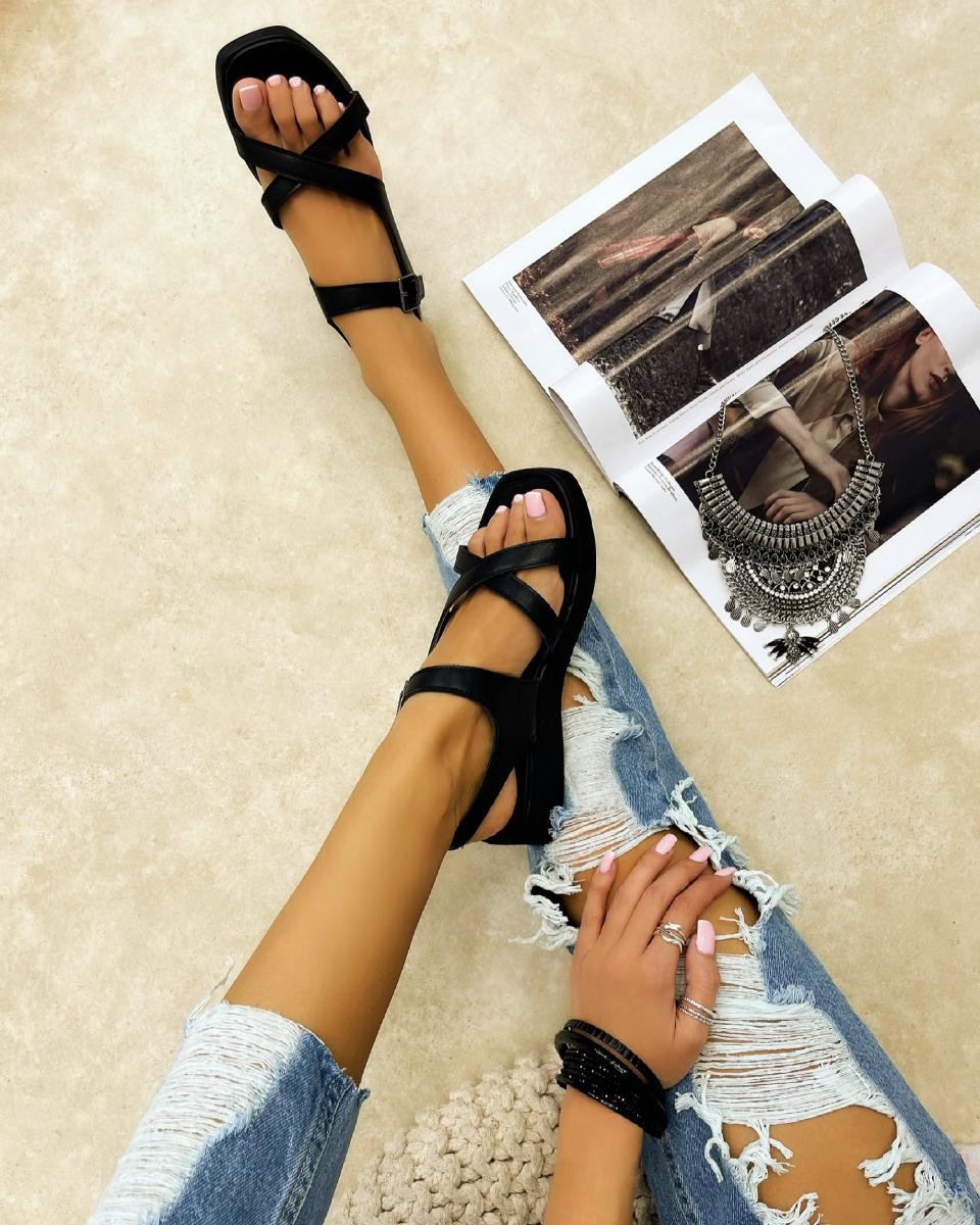 CROSS STRAP SANDALS WITH BELTS - BLACK