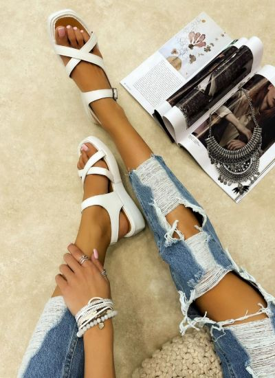 CROSS STRAP SANDALS WITH BELTS - WHITE