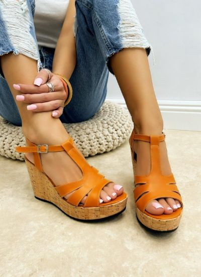 WEDGE SANDALS WITH BELTS - ORANGE