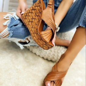 Leather sandals TEA - CAMEL