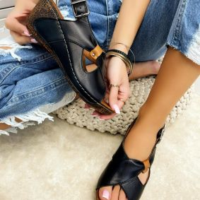 Leather sandals MARGARITA - BLACK