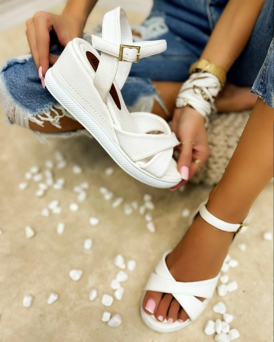 CROSS STRAP WEDGE SANDALS - WHITE