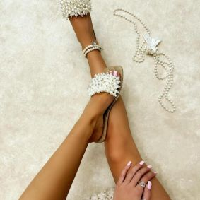 FLAT MULES WITH PEARLS - BEIGE