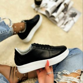 SHALLOW SNEAKERS - BLACK