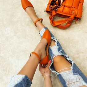 OPEN FLATS WITH BELT - ORANGE