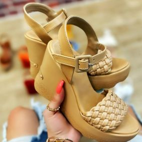 KNITTED WEDGE SANDALS - DARK BEIGE