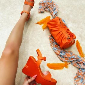 WEDGE SANDALS - ORANGE