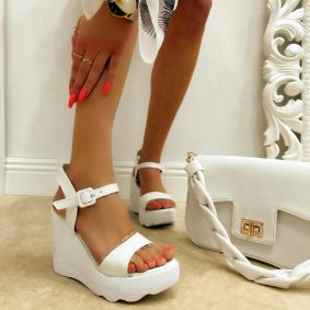 WEDGE SANDALS - WHITE