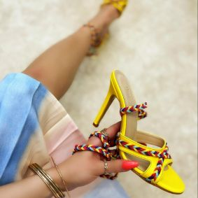 LACE UP SANDALS THIN HEEL - YELLOW