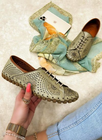 Flat leather shoes ERIKA - GREEN