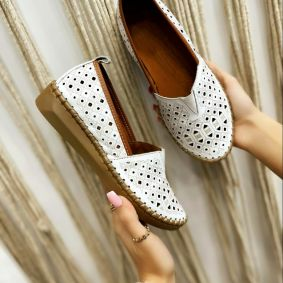 Flat leather shoes NAISHA - WHITE