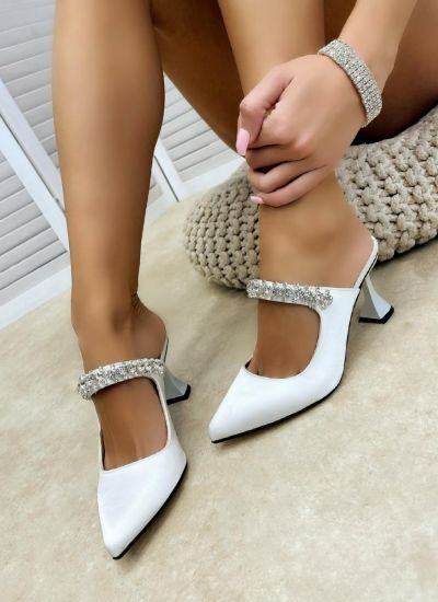 Women Slippers HEELA WHITE