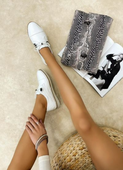 Flat leather shoes MYAH - WHITE