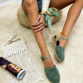 Women espadrilles and slip-ons LAILA - GREEN