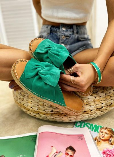 Leather slippers KEIKO - GREEN