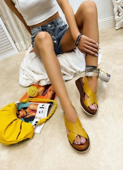 Leather sandals YATING - OCHRE