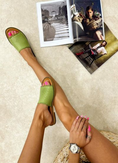 Leather slippers EMILIE - GREEN