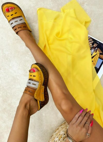 Leather slippers PURVA - OCHRE