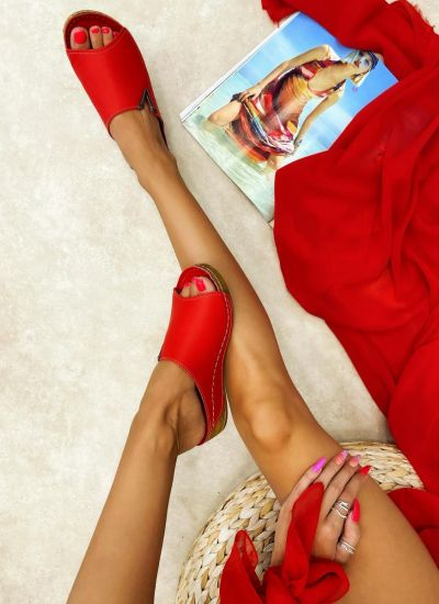 Leather slippers BUPE - RED