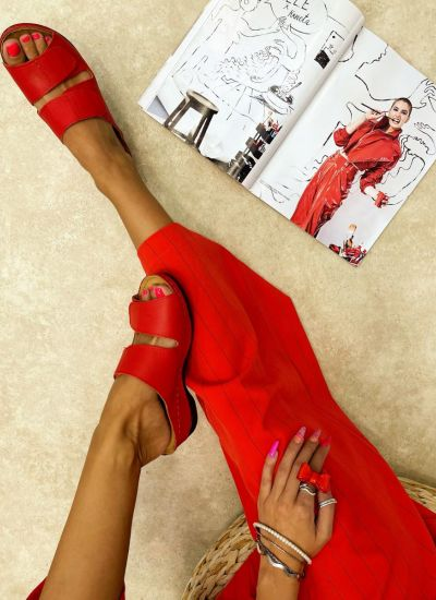 Leather slippers IMAALI - RED