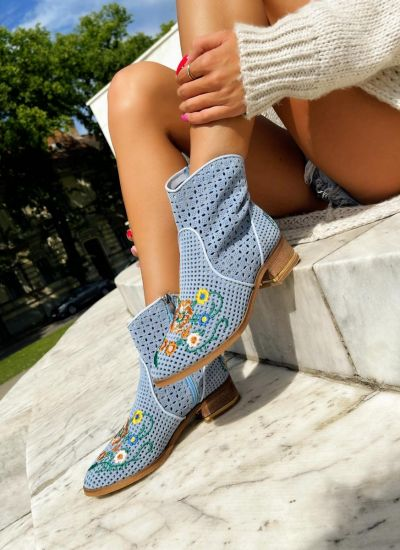 Leather ankle boots ZOEY - LIGHT BLUE