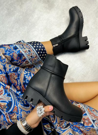 Leather ankle boots LORA - BLACK