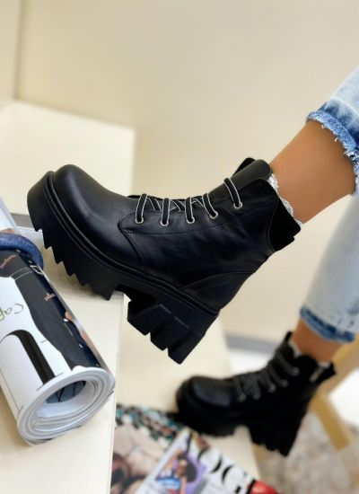 Leather ankle boots SORA - BLACK