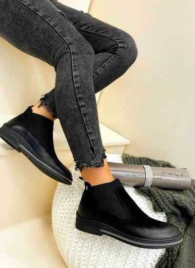 Leather ankle boots VAHINI - BLACK