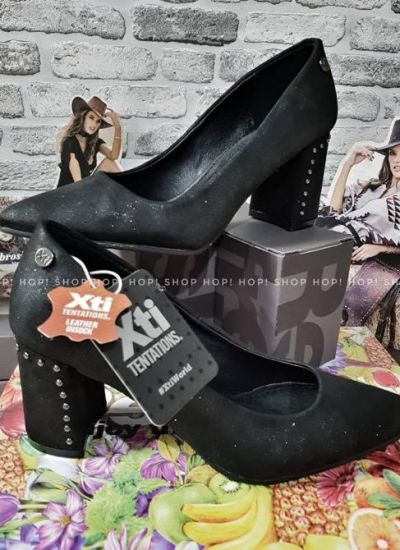 STILETTO SHOES WITH THICK HEEL AND TREADS - BLACK