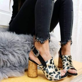 LEOPARD SANDALS WITH ROUND HEEL - BEIGE / BLACK