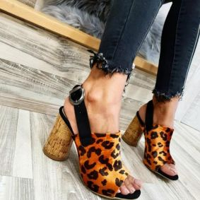LEOPARD SANDALS WITH ROUND HEEL - ORANGE