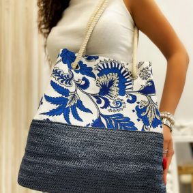 COLORFUL BAG WITH KNOT - BLUE / WHITE