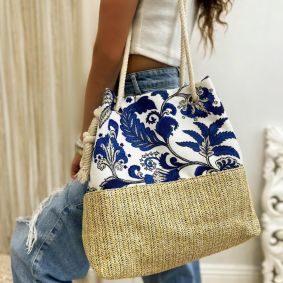 COLORFUL BAG WITH KNOT - BLUE / WHITE / BEIGE