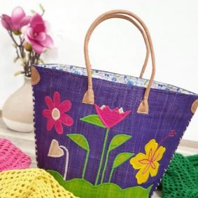 KNITTED FLOWER BAG -  PURPLE