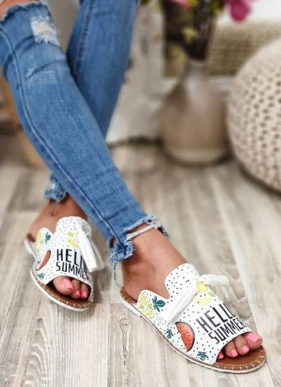 HELLO SUMMER SLIPPERS WITH TASSELS - WHITE