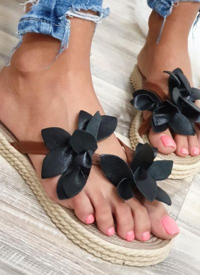 SLIPPERS WITH FLOWER - BLACK / BROWN