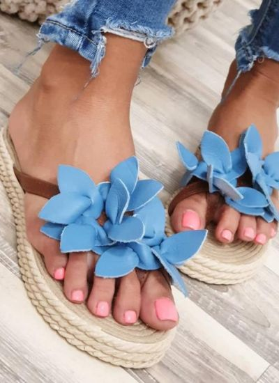 SLIPPERS WITH FLOWER - BLUE/ BROWN
