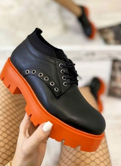 LACE UP SHOES WITH ORANGE SOLE - BLACK