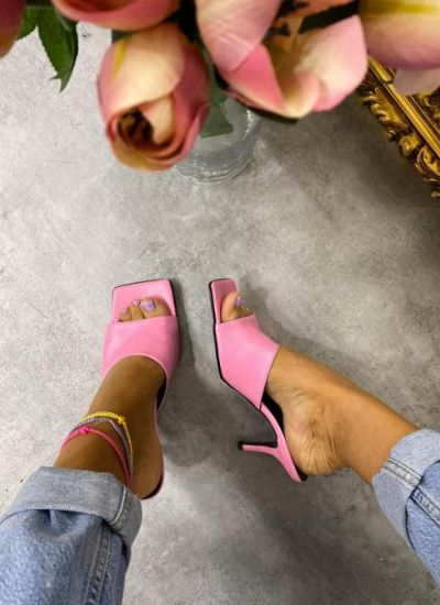 MULES WITH THIN HEEL - PINK