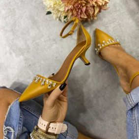 SPIKE SANDALS WITH THIN HEEL AND ZIRCONS - OCHRE