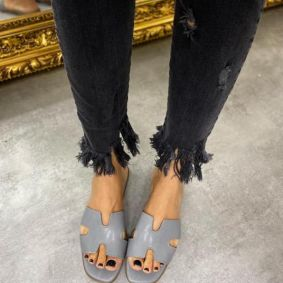 WOMEN MULES - GRAY