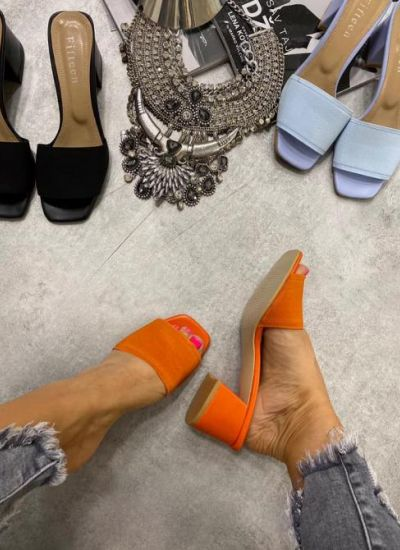 RUBBER THICK HEEL MULES - ORANGE
